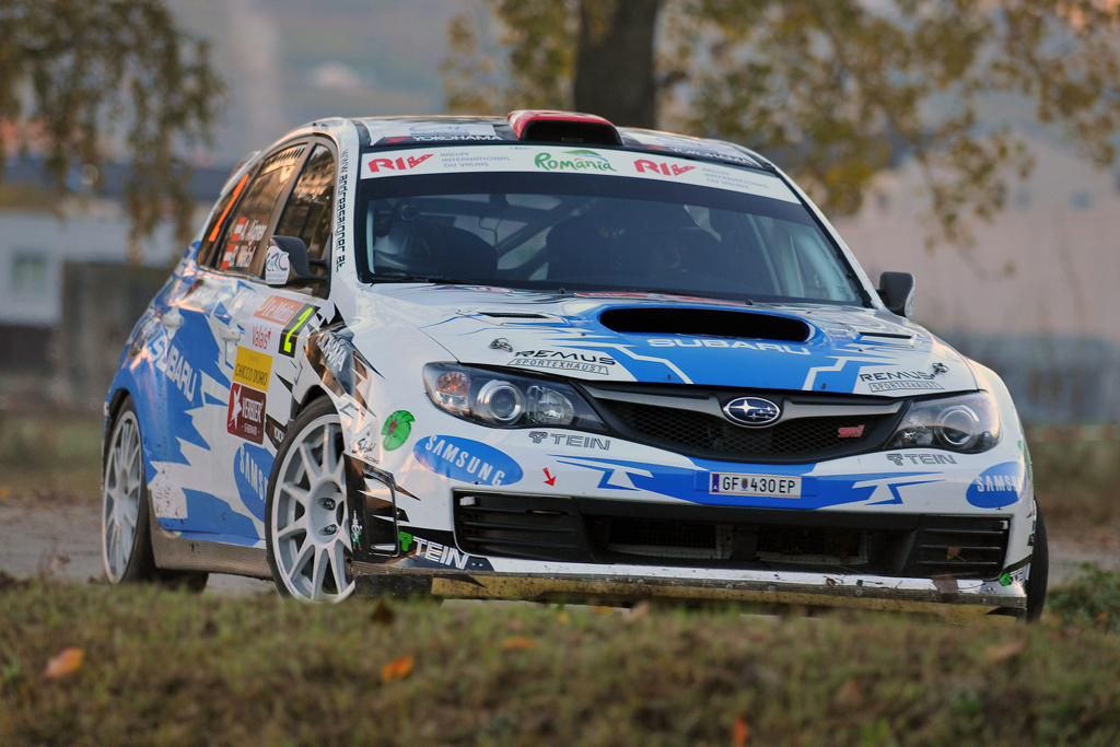 AIGNER HOLDS NARROW LEAD FOLLOWING DRAMATIC START TO VALAIS ERC FINALE