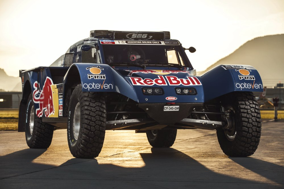 CARLOS SAINZ'S DESERT RACER TAKES FLIGHT FOR DAKAR WITH RED BULL SMG RALLY TEAM