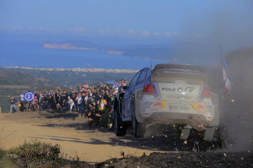 VOLKSWAGEN LEADS THE RALLY ITALY