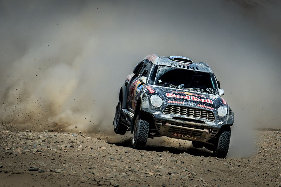 DAKAR RALLY 2015: QATAR RED BULL RALLY TEAM- AL-ATTIYAH STRETCHES HIS ADVANTAGE