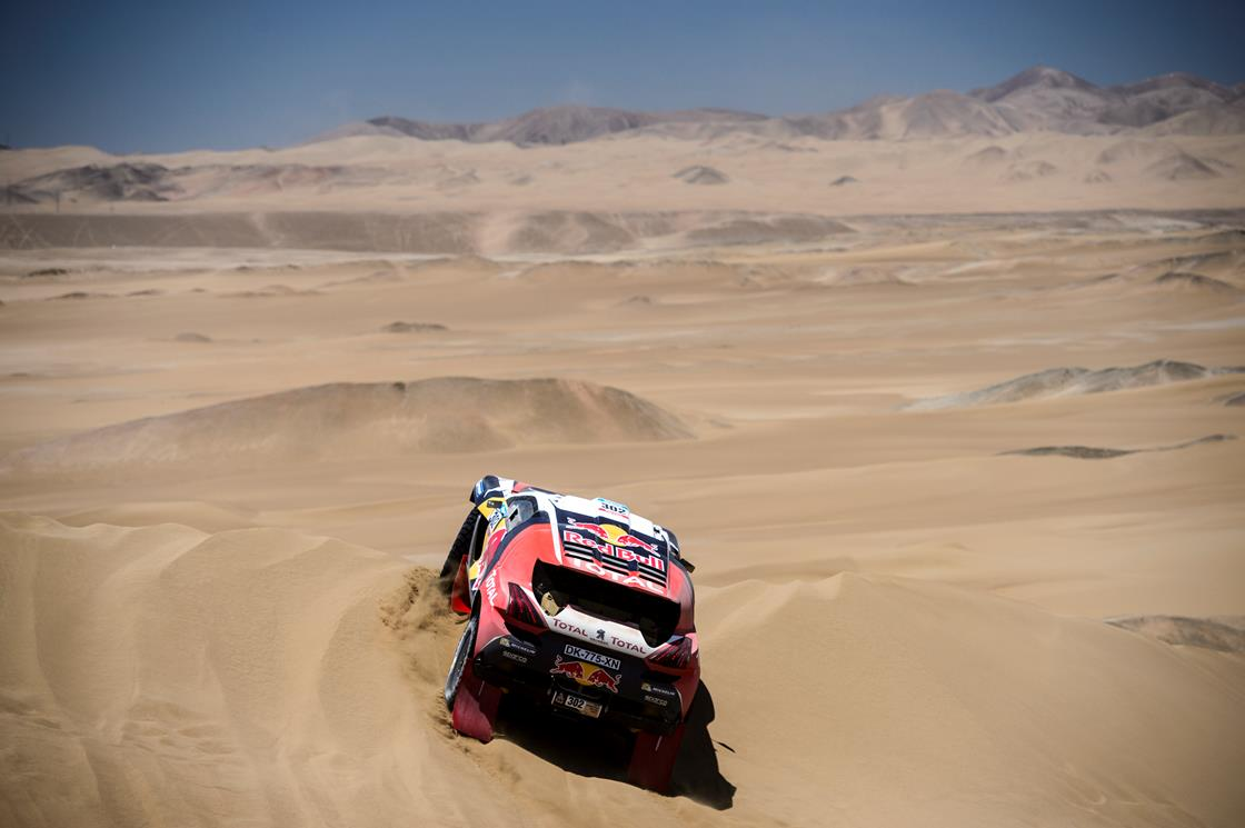 DAKAR RALLY 2015: PETERHANSEL POWERS THROUGH TO MAINTAIN PLACE IN TOP 10