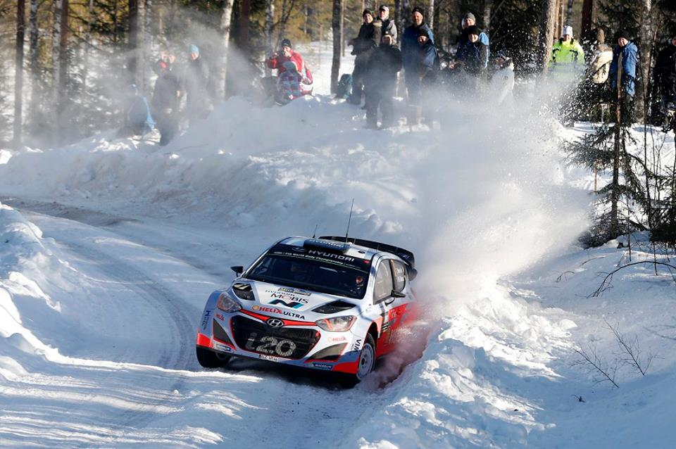 FIA WORLD RALLY CHAMPIONSHIP 2015: HYUNDAI SHELL WORLD RALLY TEAM-HYUNDAI MOTORSPORT TAKES SPECTACULAR PODIUM AS NEUVILLE CLAIMS 2ND IN SWEDEN