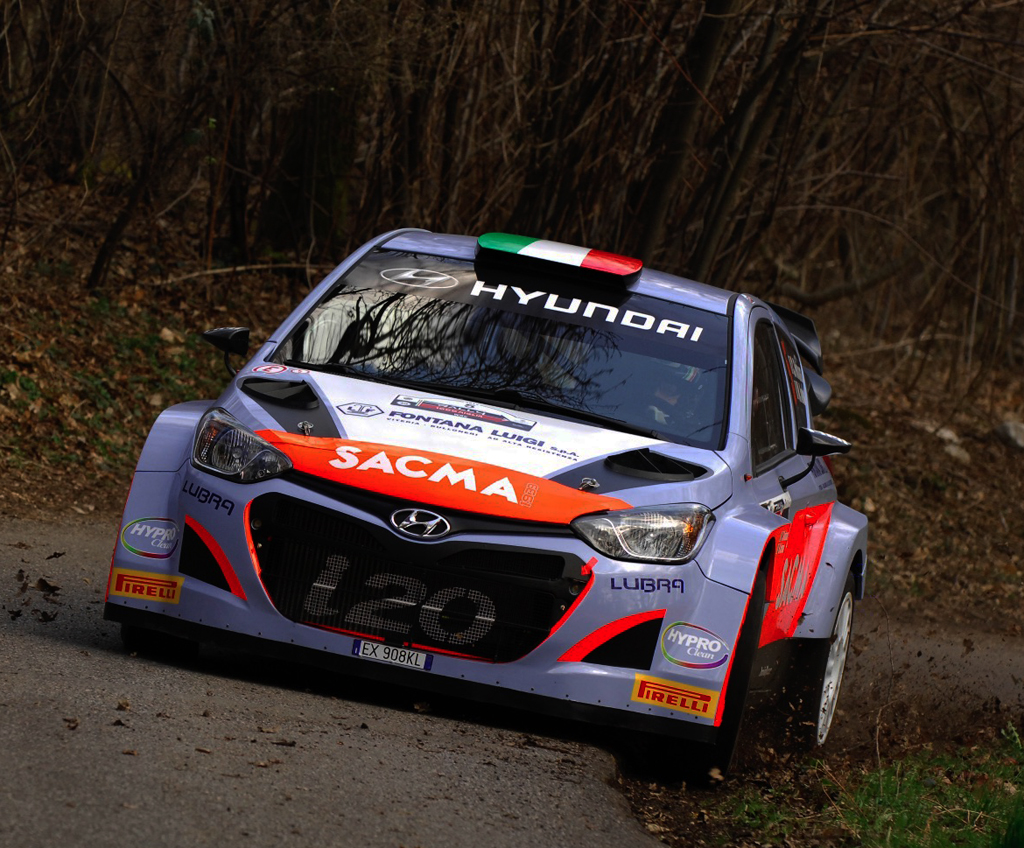 RALLY INTERNAZIONALE 2015: HYUNDAI ITALIAN TEAM- HMI AT THE 2ND RALLYE ELBA INTERNAZINALE