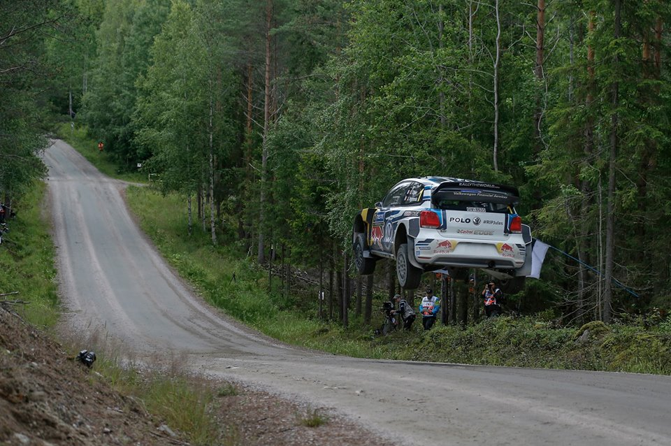 FIA WORLD RALLY CHAMPIONSHIP (WRC 2015): VOLKSWAGEN RED BULL MOTORSPORT – KINGS OF SPEED: LATVALA – OGIER SHOW CONTINUES AT THE RALLY FINLAND