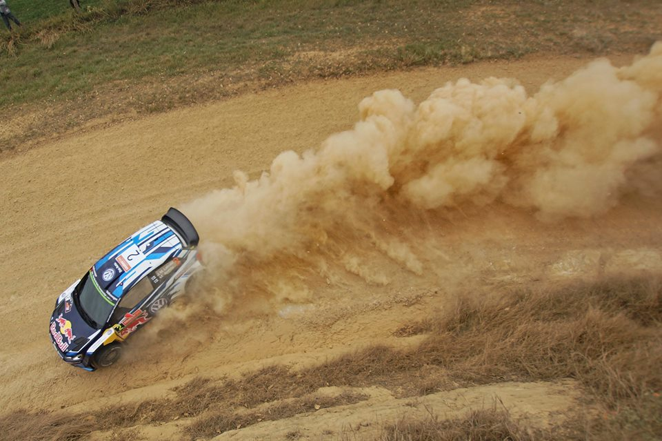 FIA WORLD RALLY CHAMPIONSHIP (WRC 2015): VOLKSWAGEN RED BULL MOTORSPORT – EXTRAORDINARY OPENING IN AUSTRALIA – LATVALA LEADS, WITH OGIER AND MIKKELSEN ON COURSE FOR THE PODIUM