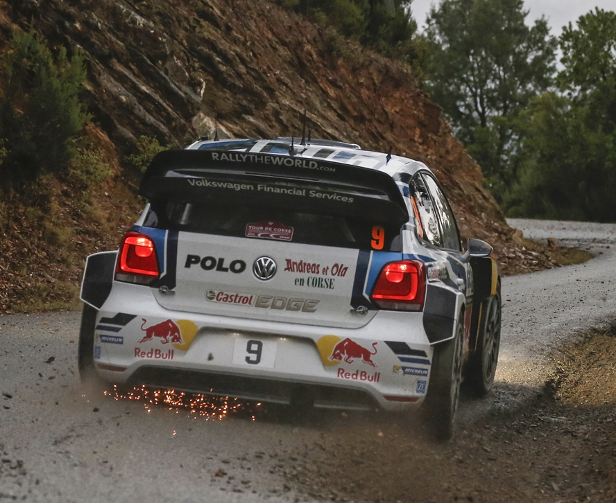 FIA WORLD RALLY CHAMPIONSHIP (WRC 2015): VOLKSWAGEN RED BULL MOTORSPORT – ONE OF A KIND: VOLKSWAGEN TAKES ON A MIXTURE OF ASPHALT AND GRAVEL AT THE RALLY SPAIN