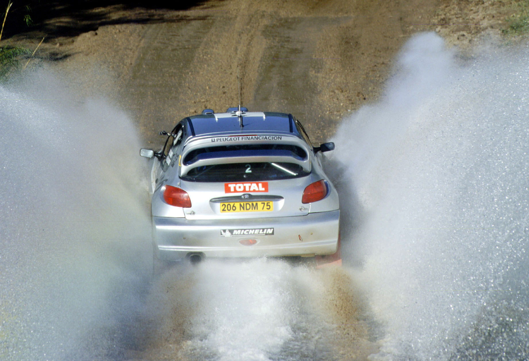 4-6 MAY 2001:  Didier Auriol with PEUGEOT 206 wrc during the World Rally Championships in Argentina.  © Reporter / Grazia Neri