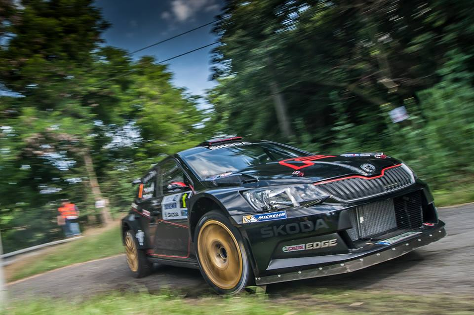 RECORD CHASER KOPECKY SCORES CELEBRATED ŠKODA HOME WIN IN BLACK FABIA R5