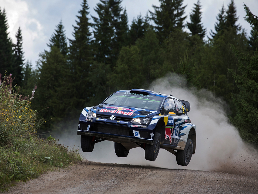 FORMULA 1 IN THE FOREST: VOLKSWAGEN ON COURSE FOR PODIUM IN FINLAND WITH LATVALA