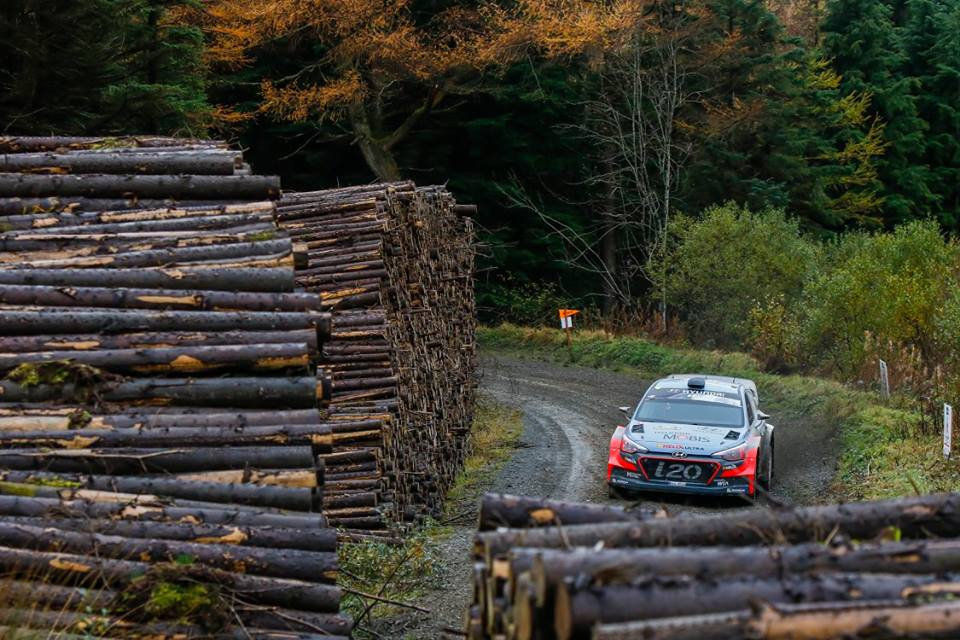 HYUNDAI MOTORSPORT CREWS IN CLOSE BATTLE FOR WALES RALLY GB PODIUM