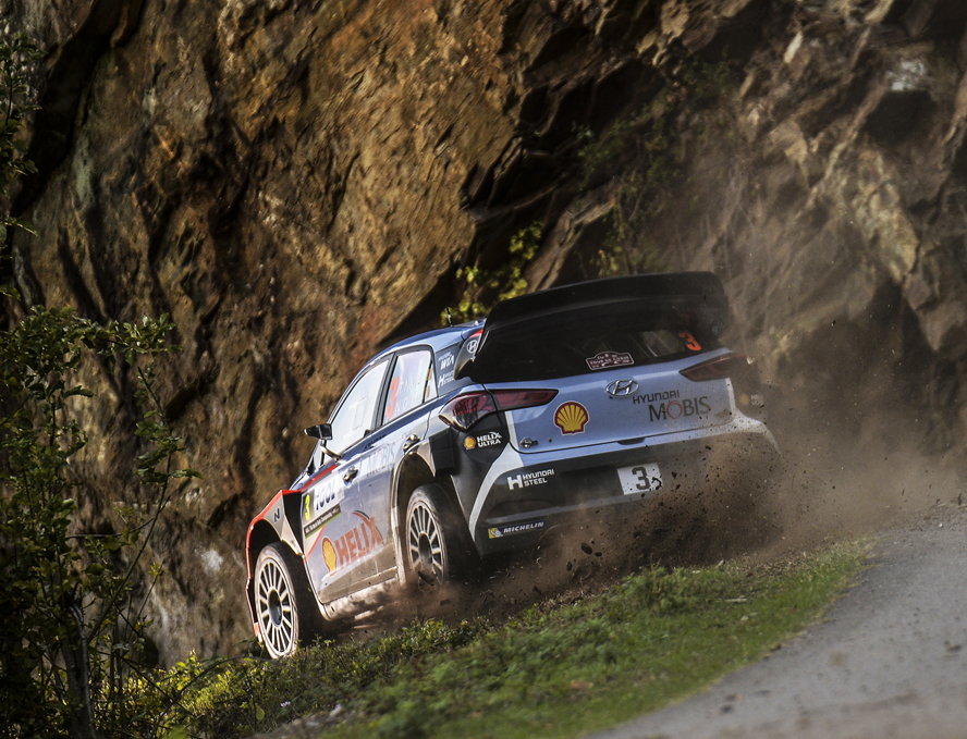 HYUNDAI MOTORSPORT TAKES DEBUT TOUR DE CORSE PODIUM AS NEUVILLE SECURES SECOND