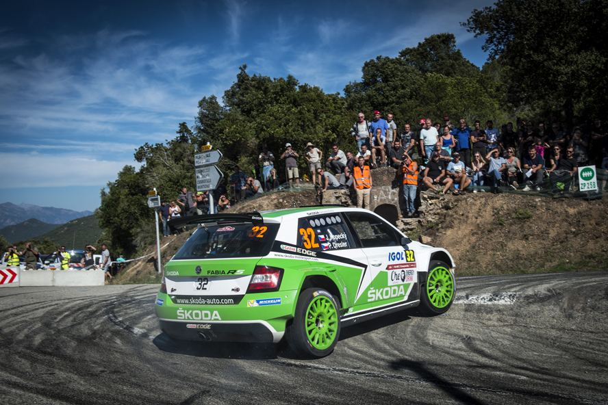 KOPECKÝ SECOND IN THE ŠKODA FABIA R5 GOING INTO FINAL DAY AT THE RALLY FRANCE