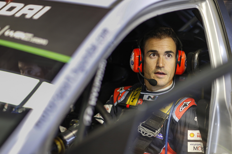 HYUNDAI MOTORSPORT HOLDS PROVISIONAL LEAD OF RALLY DE ESPAÑA WITH DANI SORDO