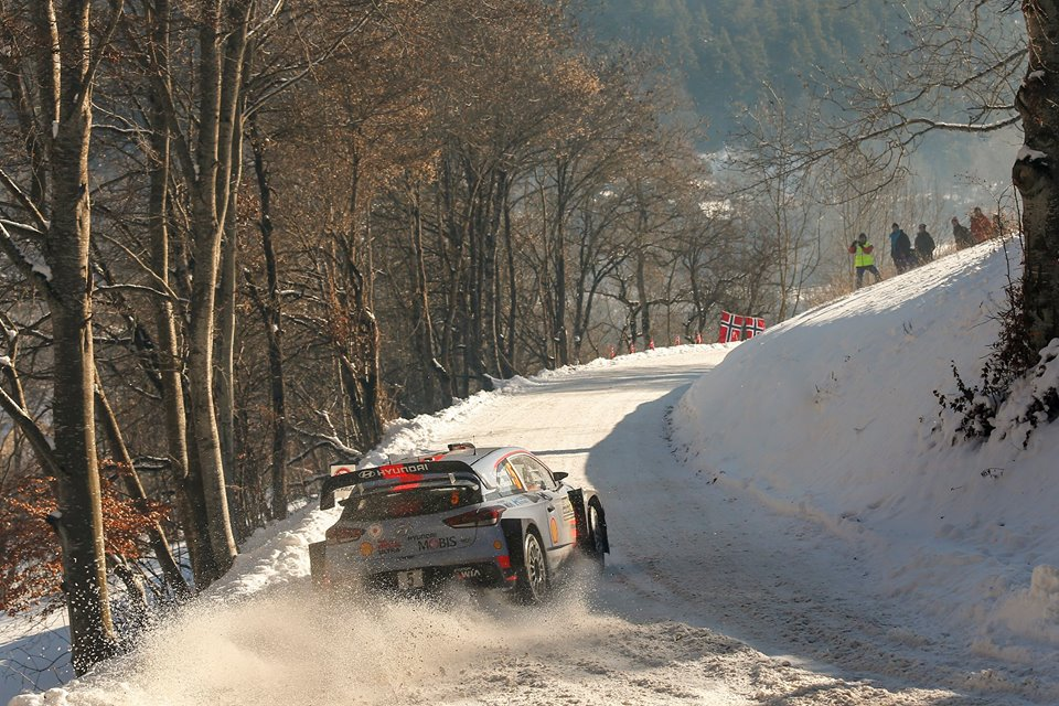 HYUNDAI MOTORSPORT EXTENDS MONTE-CARLO LEAD AS RALLY NEARS HALFWAY POINT