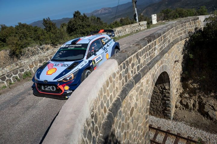 HYUNDAI MOTORSPORT TAKES CONTROL AS NEUVILLE MOVES INTO LEAD