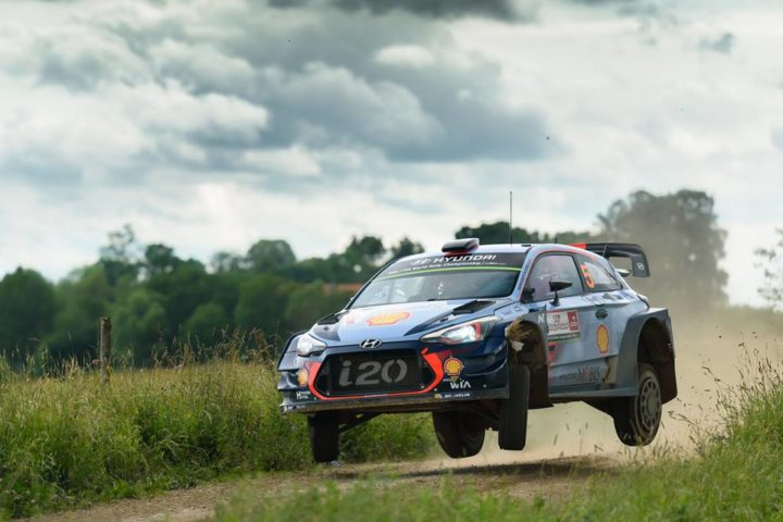 VICTORY BATTLE INTENSIFIES IN POLAND AS NEUVILLE RETAINS LEAD