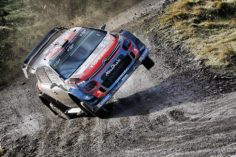 A DOWN TO EARTH WEEKEND FOR CITROËN RACING