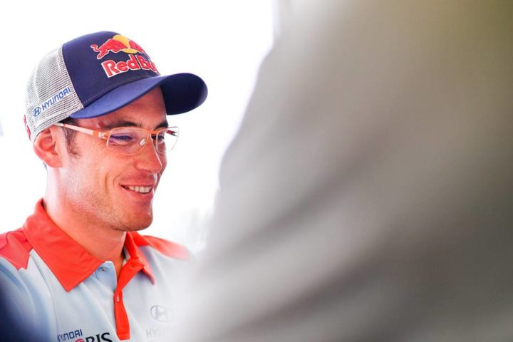 HYUNDAI MOTORSPORT AND THIERRY NEUVILLE EXTEND CONTRACT FOR THREE YEARS
