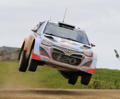 FIA WORLD RALLY CHAMPIONSHIP (WRC 2015): HYUNDAI SHELL WORLD RALLY TEAM- HYUNDAI MOTORSPORT READY TO TACKLE ALL-NEW RALLY DE PORTUGAL