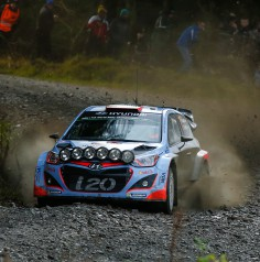 FIA WORLD RALLY CHAMPIONSHIP (WRC 2015): WALES RALLY GB – HYUNDAI SHELL WORLD RALLY TEAM – HYUNDAI MOTORSPORT VOWS TO KEEP FIGHTING AFTER TOUGH START TO WALES RALLY GB